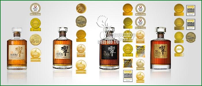 Rượu Hibiki 17 Suntory Whisky Nhật Bản chai 700ml 2