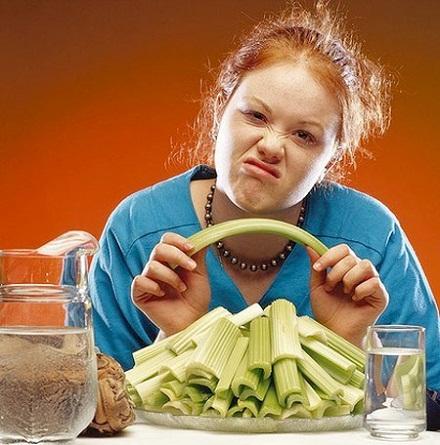 Tại sao bạn ăn ít mà vẫn không giảm cân