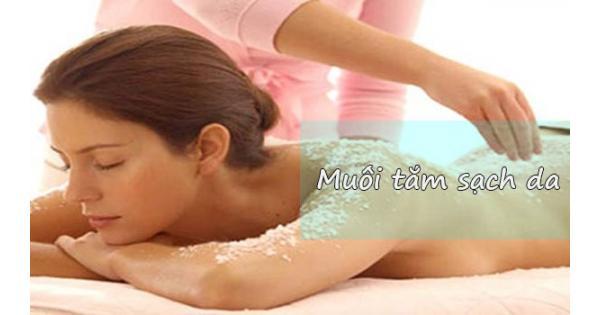 + 3 Muối tắm tẩy tế bào chết tốt nhất hiện nay