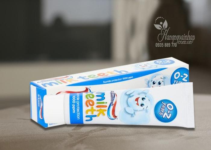 Kem đánh răng Aquafresh Milk Teeth cho trẻ từ 0-2 tuổi