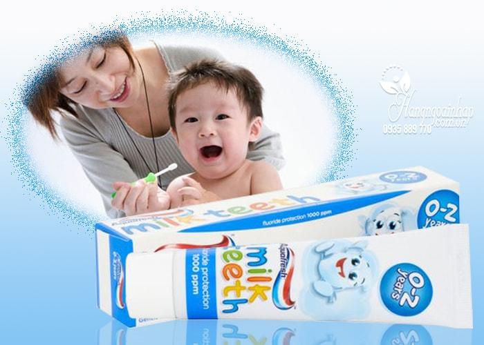 Kem đánh răng Aquafresh Milk Teeth cho trẻ từ 0 đến 2 tuổi
