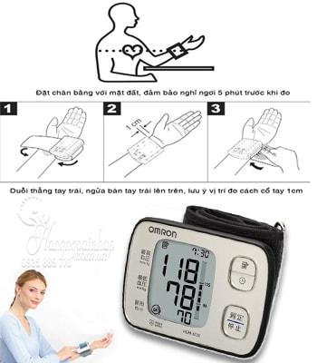 Máy đo huyết áp cổ tay Omron HEM-6220 của Nhật Bản