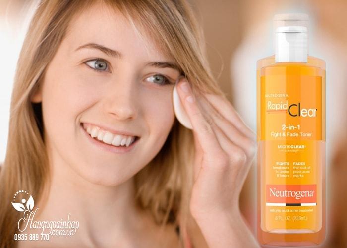 Nước hoa hồng Neutrogena Rapid Clear 2 in 1 Fight & Fade Toner 236ml  của Mỹ