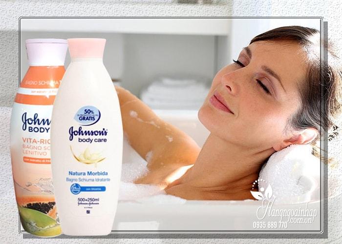 Sữa tắm dưỡng ẩm Johnson's Body Care 750ml của nước Mỹ