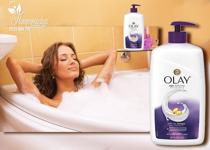 Sữa tắm dưỡng da Olay Age Defying with Vitamin E 887ml của Mỹ