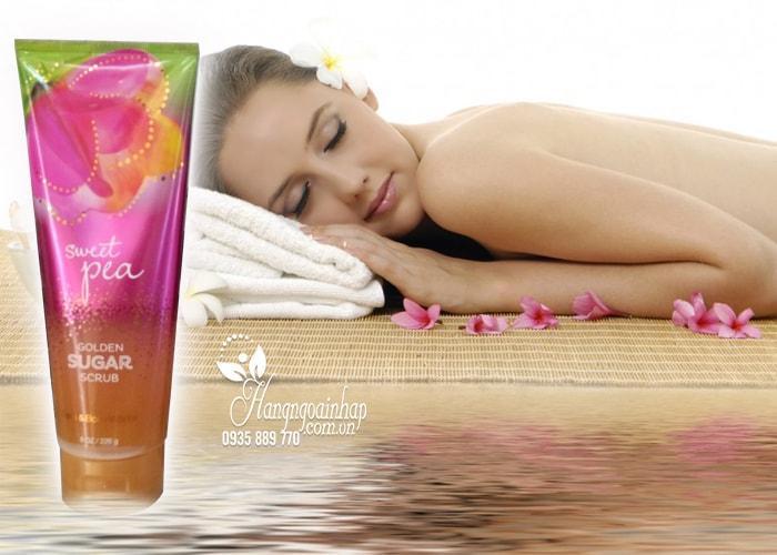 Sữa tắm tẩy tế bào chết Bath & Body Works Scrub Sweet Pea 226g