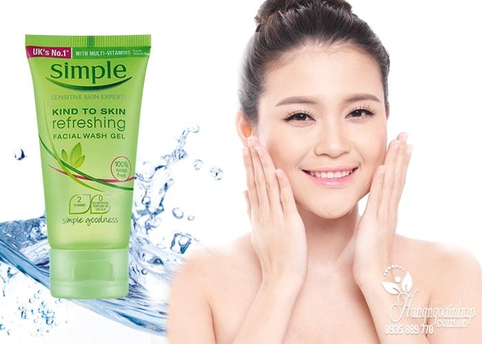 Sữa rửa mặt Simple Kind To Skin Moisturising Facial Wash 150ml của anh