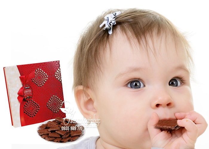 Bánh Kirkland Signature Crepes phủ chocolate 546g của Mỹ