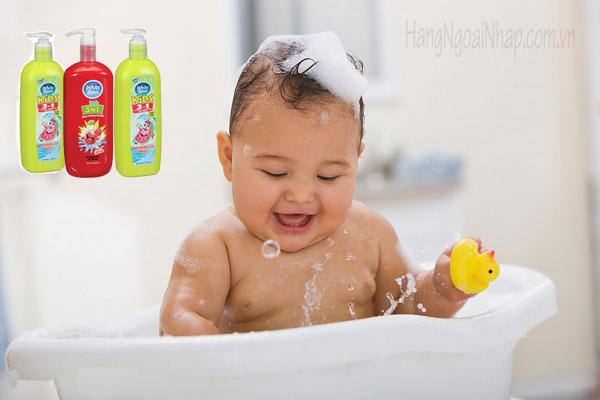 Sữa tắm gội xả cho bé White Rain Kids 3 in 1 của Mỹ 946ml