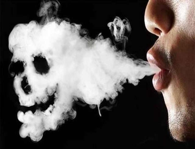 Hút thuốc lá điện tử IQOS thường xuyên có hại hay không