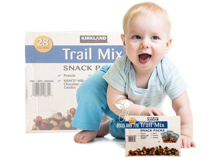 Hạt và trái cây tổng hợp Kirkland Trail Mix Snack Packs 28 gói nhập khẩu Mỹ