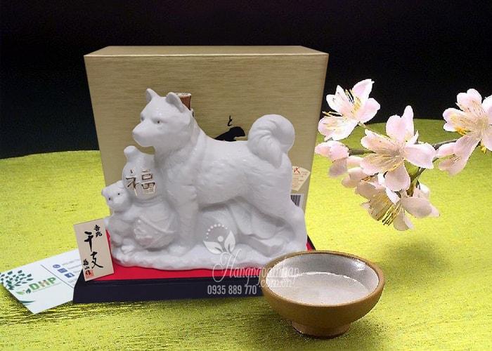 Chai rượu Sake hình con chó trắng Hachiko 720ml Nhật Bản (1)