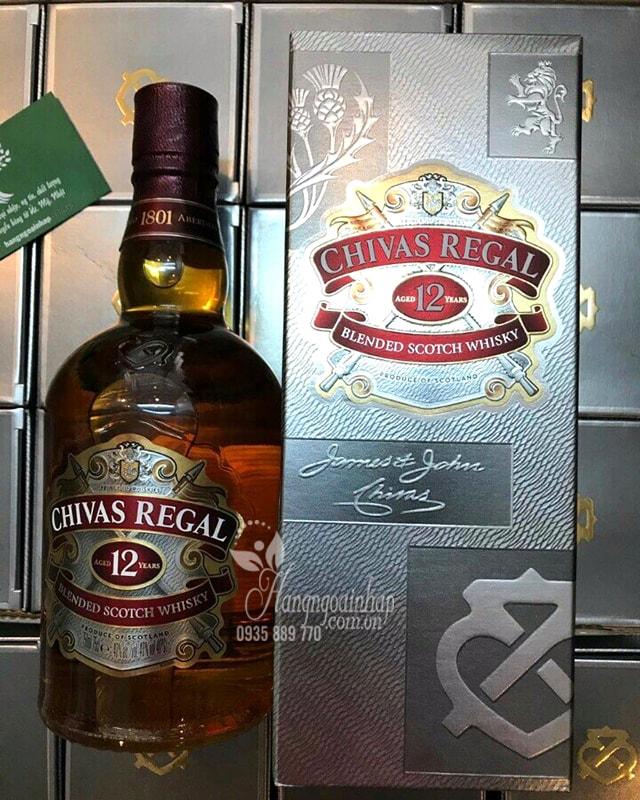 Rượu chivas regal 12 years Singapore