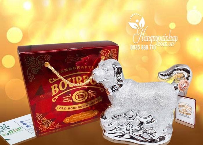 Rượu phong thủy con chó bạc Bourbon Whisky 15 năm Pháp