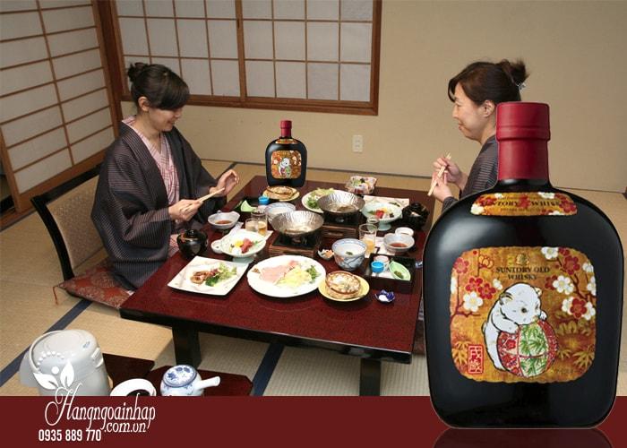Rượu con chó Suntory Old Whisky của Nhật Bản