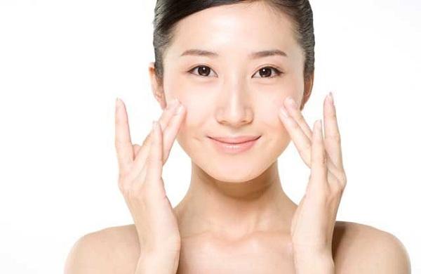 Top 4 tinh chất dưỡng trắng da cao cấp HOT nhất Hàn Quốc 1