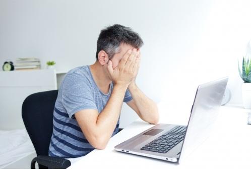nguyên nhân dẫn tới tóc bị bạc sớm